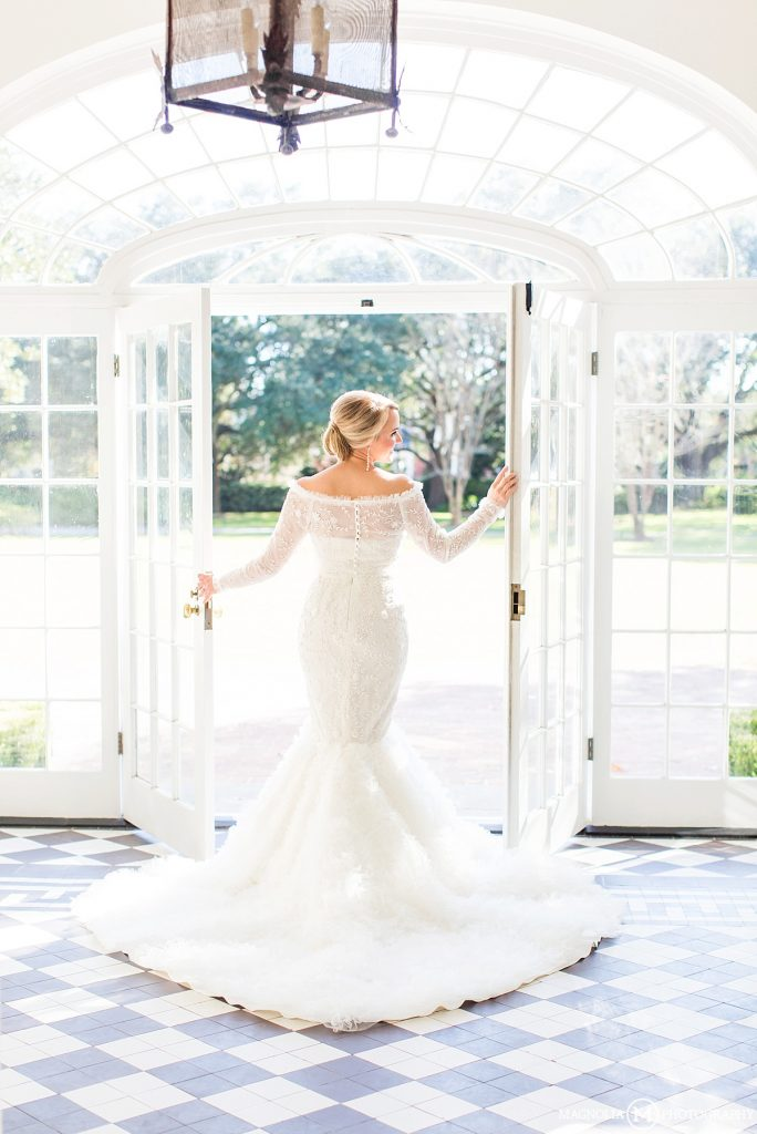 Lowndes Grove Plantation WEDDING PHOTOGRAPHER   CAROLINE Bridals